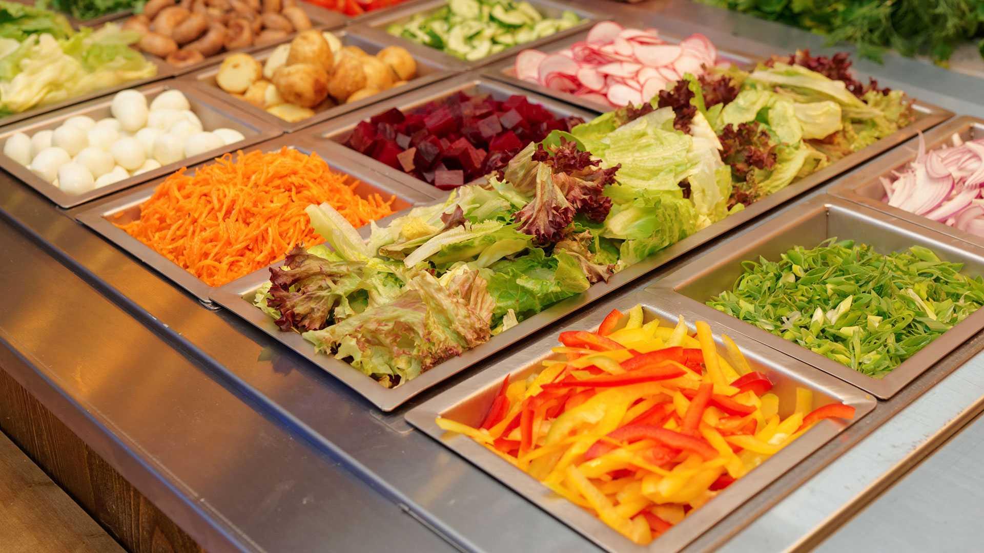 Gesundes Essen im Krankenhaus, am Arbeitsplatz, in Schule und Uni.